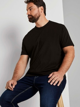 Basic T-Shirt - 5 - Men Plus