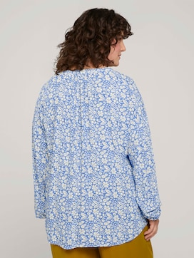 Tunic blouse with a floral print - 2 - My True Me