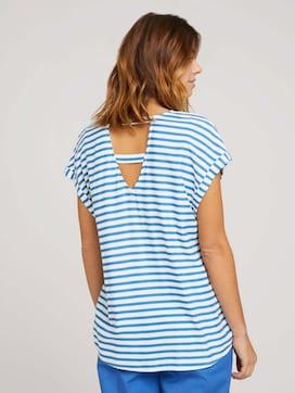 Patterned short-sleeved blouse with cut-out details - 2 - TOM TAILOR Denim