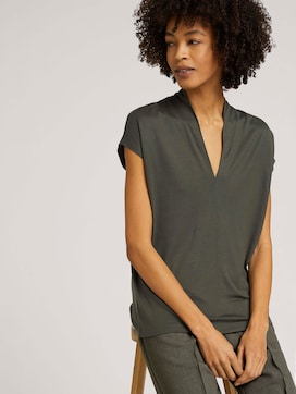 Lyocell t-shirt with a V-neckline - 5 - Mine to five
