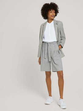 Checked Bermuda shorts with wide legs - 3 - Mine to five