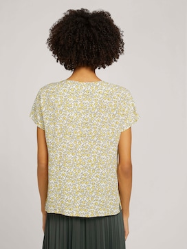 Patterned short-sleeved blouse - 2 - Mine to five