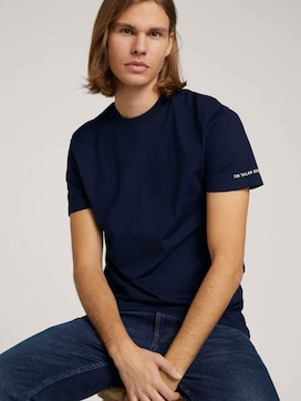 Basic T-Shirt aus Baumwolle - 5 - TOM TAILOR Denim