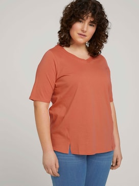 t-shirt with a V-neckline made of organic cotton - 5 - My True Me