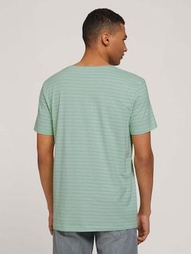 gestreiftes T-Shirt mit Bio-Baumwolle - 2 - TOM TAILOR Denim