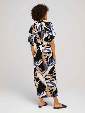 Patterned midi dress with a collar - 2 - Mine to five