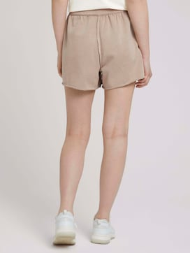 Relaxed sweat-shorts made with organic cotton   - 2 - TOM TAILOR Denim