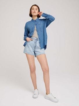 Mom-fit shorts with fringes - 3 - TOM TAILOR Denim