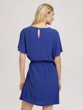 Fließendes Kleid mit Bindegürtel - 2 - TOM TAILOR