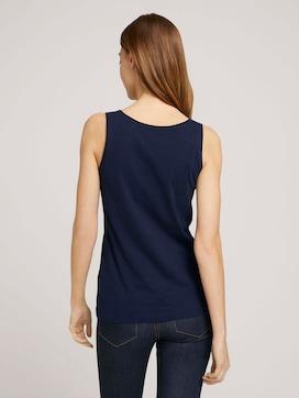 V-neckline with organic cotton - 2 - TOM TAILOR