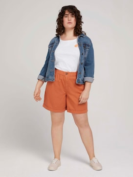 Relaxed Bermuda Shorts - 3 - My True Me