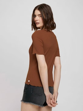 Rib t-shirt with a button tab - 2 - TOM TAILOR Denim