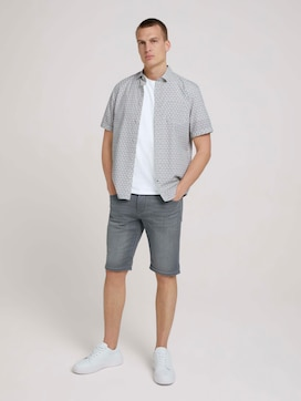 Josh Regular Slim Shorts - 3 - TOM TAILOR