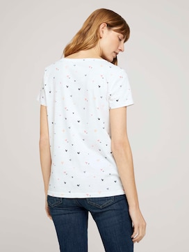 T-shirt with a heart print made with organic cotton  - 2 - TOM TAILOR