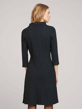 Gemustertes Kleid mit Stehkragen - 2 - TOM TAILOR