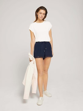 Relaxed shorts with lace - 3 - TOM TAILOR Denim