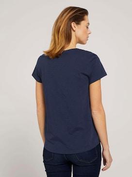 T-Shirt mit V-Ausschnitt - 2 - TOM TAILOR Denim