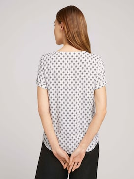 Short-sleeved blouse with pleated details - 2 - TOM TAILOR