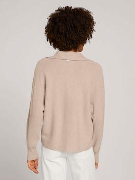 Pullover mit Kragendetail - 2 - Mine to five
