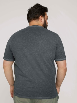 Print T-Shirt im Used Look - 2 - Men Plus