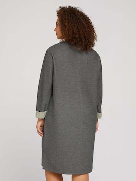 Plus - Jersey Kleid mit 3/4 Ärmeln - 2 - My True Me