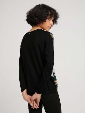 Gemustertes Shirt im Materialmix - 2 - TOM TAILOR