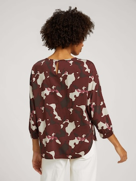 Patterned blouse with batwing sleeves - 2 - Mine to five