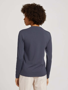 Modal long-sleeved shirt with a V-neckline - 2 - Mine to five