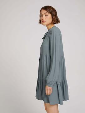 Midi Kleid mit Faltenlegung und Schleife - 5 - TOM TAILOR Denim