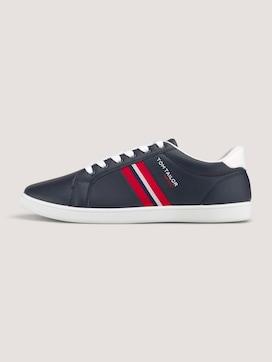 Sneaker mit seitlichen Streifen - 7 - TOM TAILOR