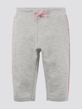 Jogging bottoms with glittery stripes - 7 - TOM TAILOR