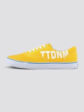 Sneaker mit Logo-Print - 7 - TOM TAILOR Denim
