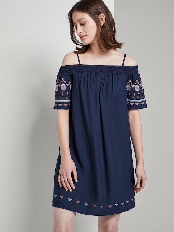 Off-shoulder dress with embroidery - Women - Deep Twilight Blue - 5 - TOM TAILOR Denim