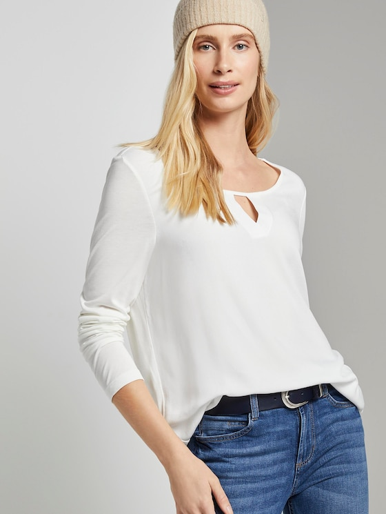Long-sleeved shirt with V-opening - Women - Whisper White - 5 - TOM TAILOR