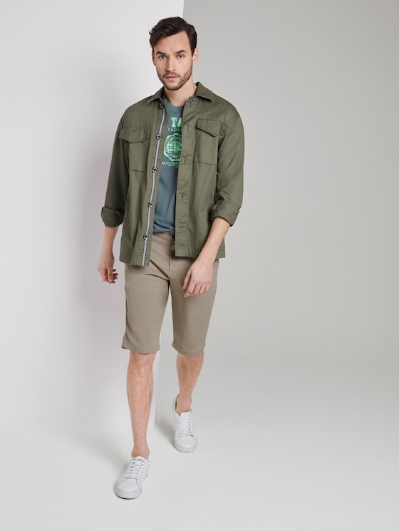 Chino shorts with a keychain - Men - Cashew Beige - 3 - TOM TAILOR