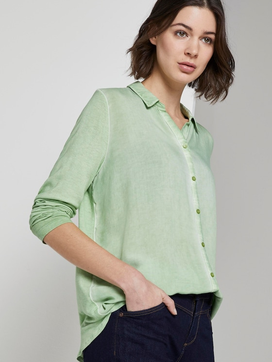 Blouse top with a decorative button tab - Women - sundried turf green - 5 - TOM TAILOR