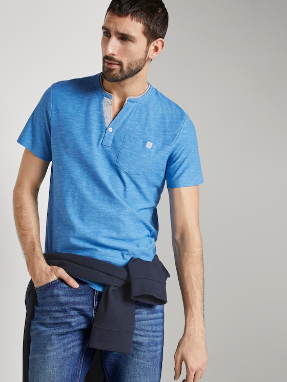 Gestreiftes Henley-T-Shirt - Männer - blue fine stripe - 5 - TOM TAILOR