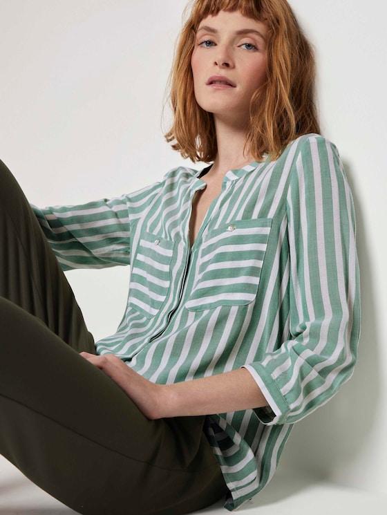 Gestreifte Bluse mit Taschen - Frauen - green offwhite vertical stripe - 5 - TOM TAILOR