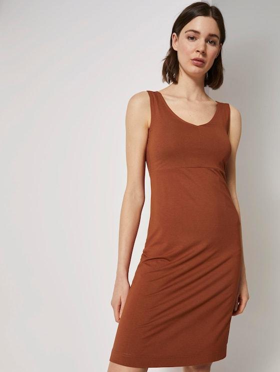 Gemustertes Kleid mit V-Ausschnitt - Frauen - Goji Orange - 5 - TOM TAILOR