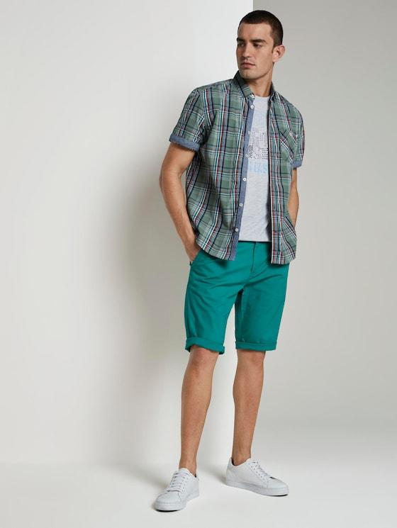 Josh Regular Slim Chino-Shorts - Männer - ever green uni - 3 - TOM TAILOR