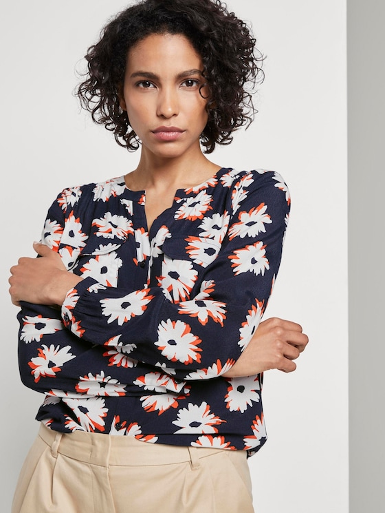 Long-sleeved blouse with a floral print - Women - navy floral design - 5 - Mine to five