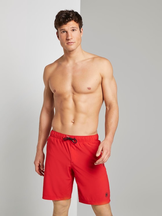 Functional swimming trunks with zip pockets - Men - brilliant red - 5 - TOM TAILOR