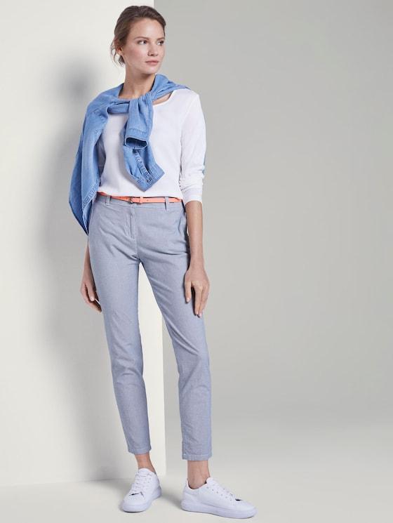 Schlichte Chino mit Gürtel - Frauen - Thin Stripe Pants - 3 - TOM TAILOR