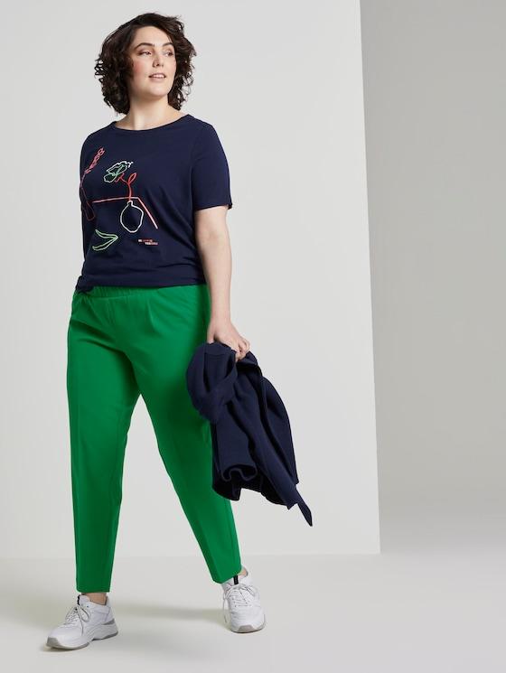 Schlichte Bundfaltenhose - Frauen - gras green - 3 - My True Me