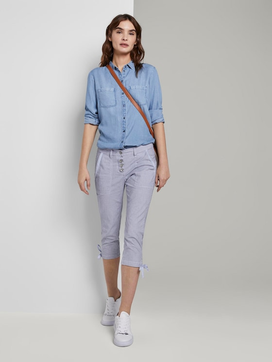 Geknöpfte Tapered Relaxed Hose - Frauen - Thin Stripe Pants - 3 - TOM TAILOR