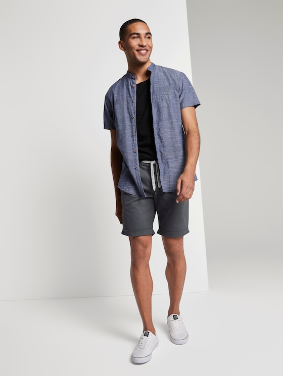 Strukturierte Chinoshorts mit Kordelzug - Männer - urban medium grey - 3 - TOM TAILOR Denim