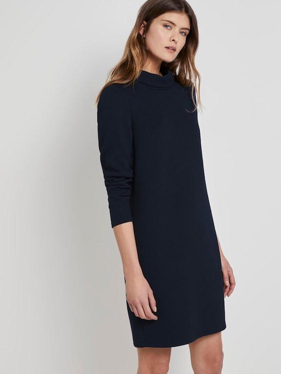 Textured dress with a turtleneck - Women - Sky Captain Blue - 5 - TOM TAILOR