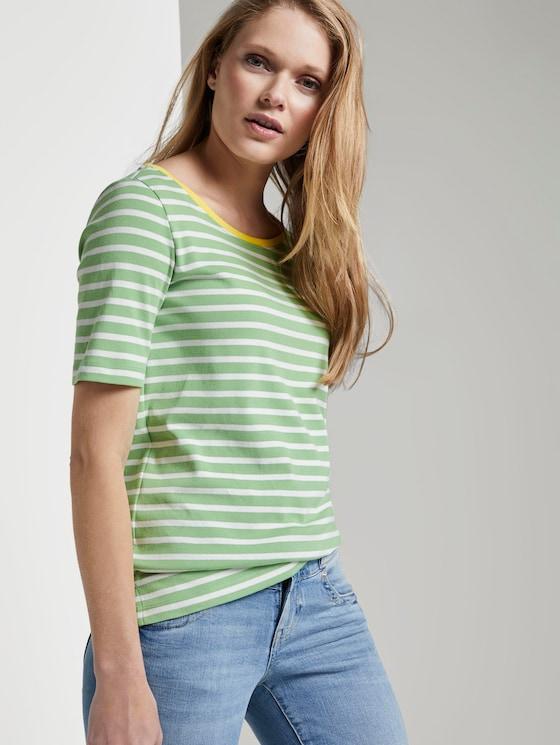 Gestreiftes T-Shirt mit Kontrastblende - Frauen - green stripe - 5 - TOM TAILOR