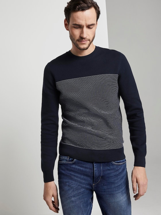 Sweater in a textured mix - Men - navy white stripe - 5 - TOM TAILOR