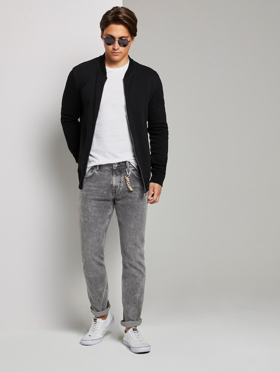 Aedan Straight Jeans mit Schlüsselanhänger - Männer - used light stone grey denim - 3 - TOM TAILOR Denim